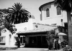The Middle Eastern building, once a Mexican restaurant. Security Pacific Collection/Los Angeles Public Library